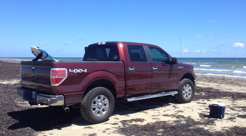 Main photo of Mike Talamantes's 2010 Ford F-150