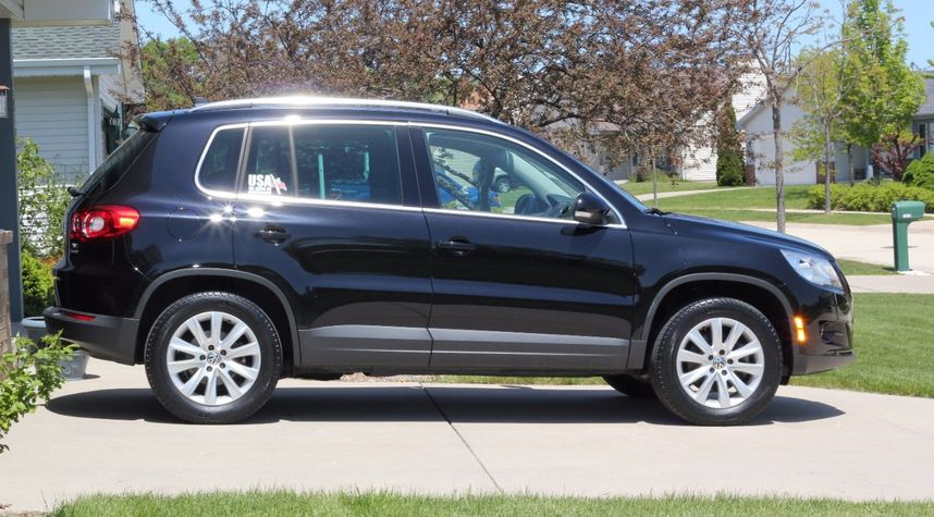 Main photo of Jason Walters's 2010 Volkswagen Tiguan