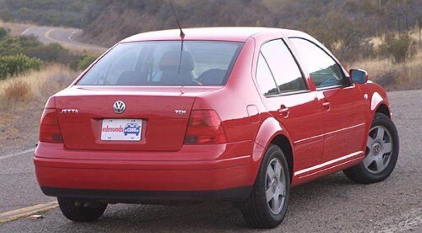 Main photo of Tao Qobilov's 2003 Volkswagen Jetta