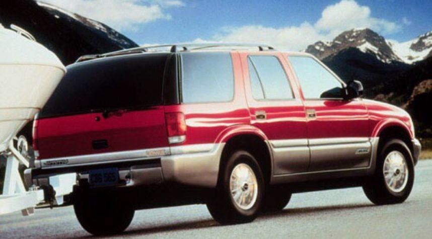 Main photo of Kenny Hodom's 2000 GMC Jimmy