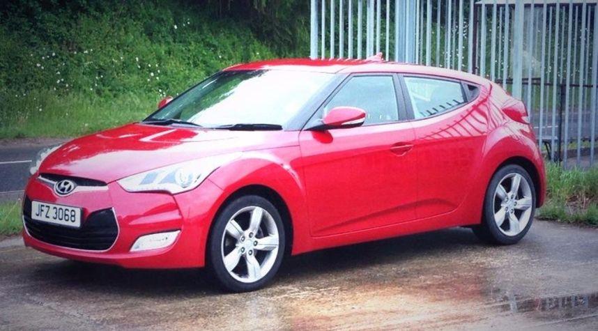 Main photo of Nathan Jones's 2012 Hyundai Veloster