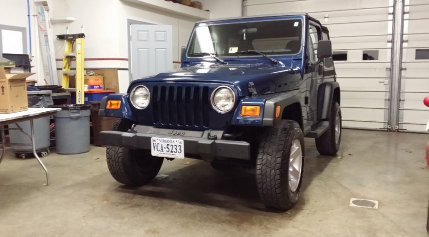 Main photo of Jonathan Pearson's 1997 Jeep Wrangler