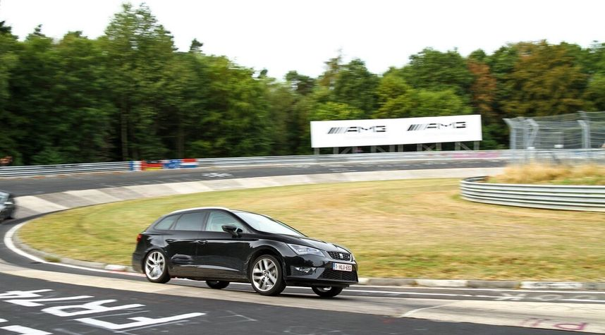 Main photo of Kevin Wouters's 2016 Seat Leon