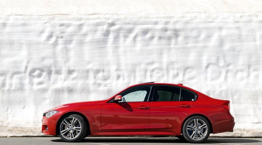 Main photo of Szabolcs Sztányi's 2015 BMW 3 Series