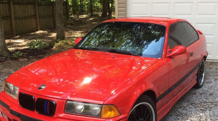 Main photo of Jace Lashley's 1998 BMW M3