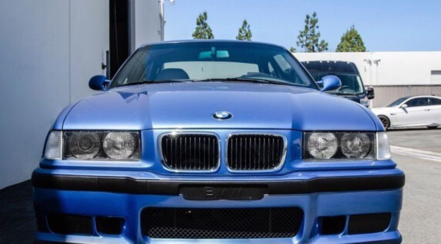 Main photo of Mike N's 1997 BMW M3