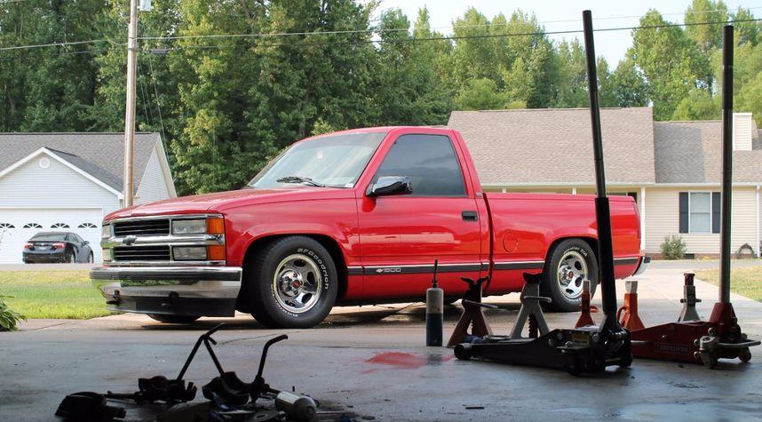 Main photo of Evan Dowell's 1996 Chevrolet C/K 1500 Series