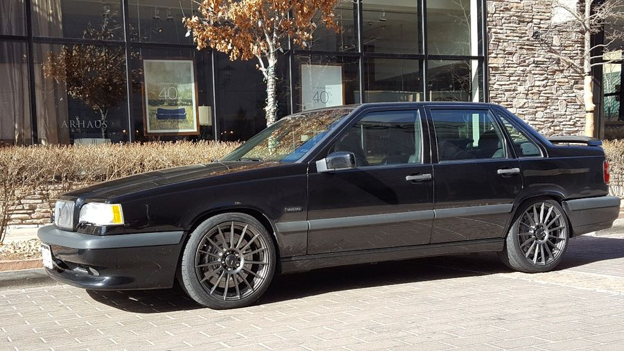 Sean Deisch S 1996 Volvo 850 On Wheelwell