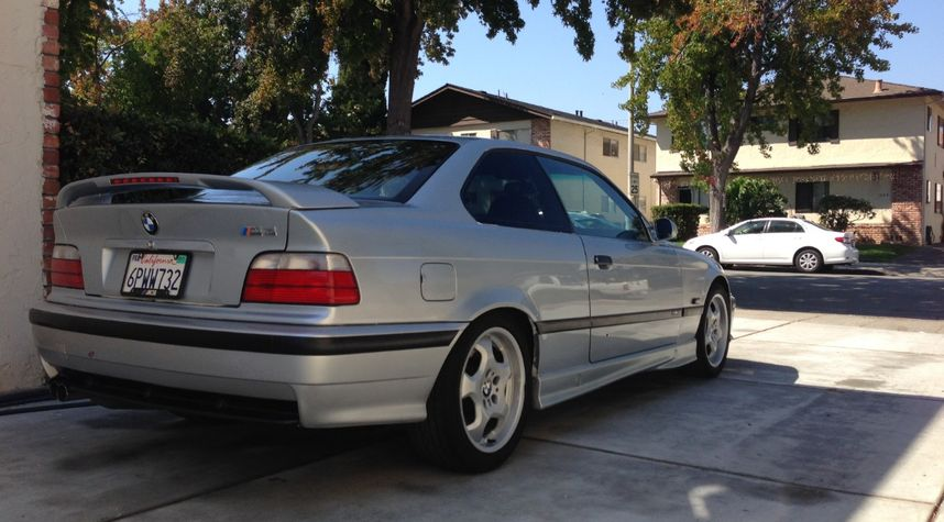 Main photo of Brian Nguyen's 1997 BMW M3