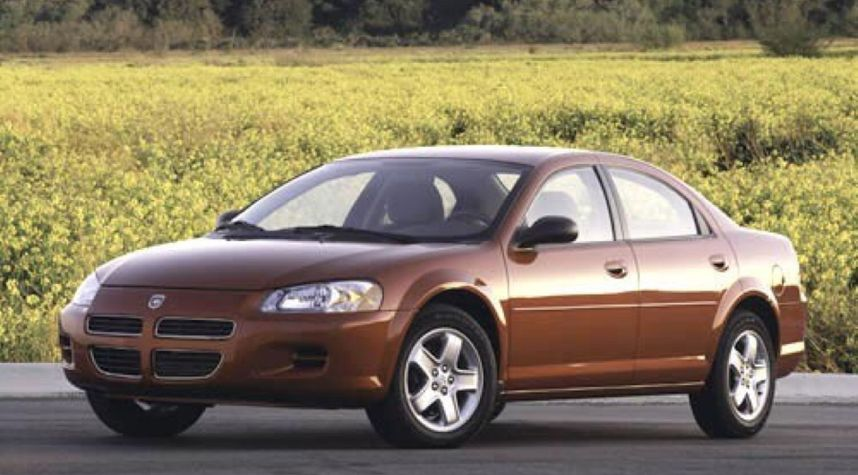 Main photo of Mike D'Amore's 2003 Dodge Stratus