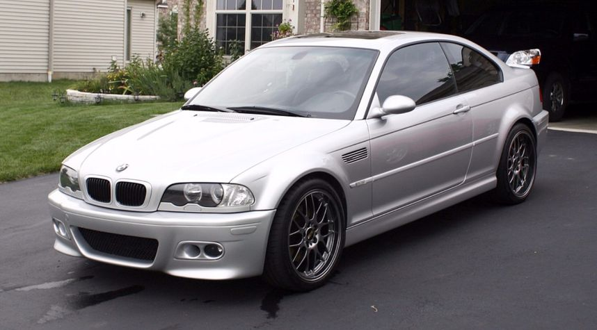 Main photo of James Stoops's 2001 BMW M3