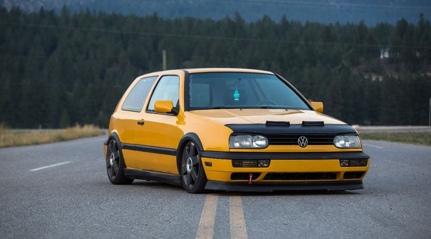 Main photo of Jason McWang's 1997 Volkswagen Golf GTI