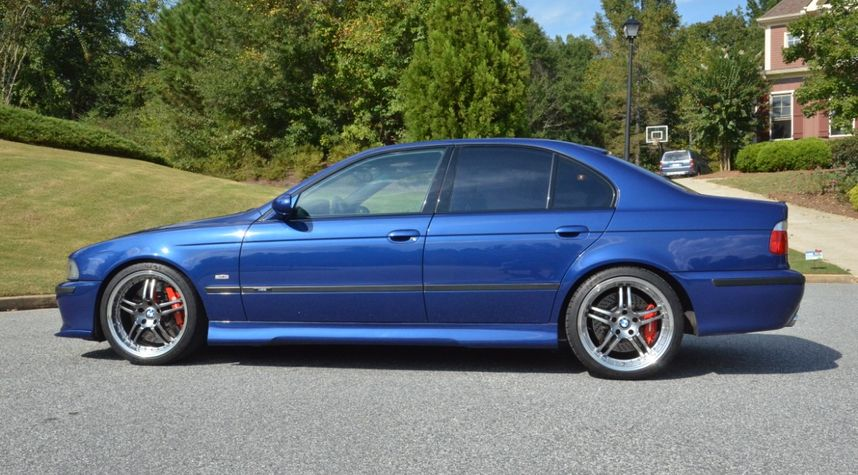 Main photo of Brandon Woods's 2002 BMW M5