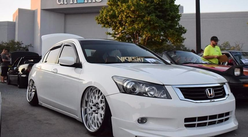 Main photo of Brandon Buchter's 2008 Honda Accord