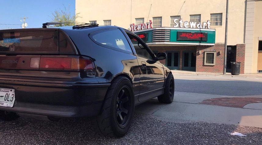 Main photo of Isaac Sellers's 1990 Honda CRX