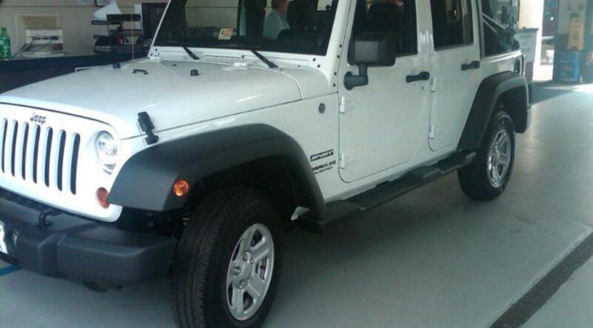 Main photo of William Byrd's 2012 Jeep Wrangler