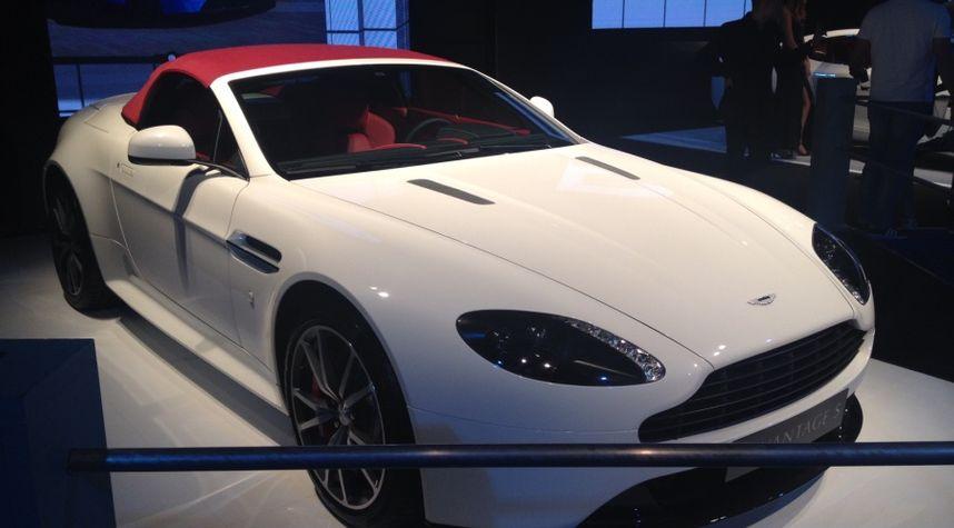Main photo of Ben Samson's 2016 Aston Martin V8 Vantage