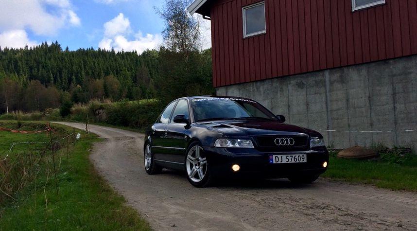 Main photo of Tobias Bjørkelid's 1999 Audi A4