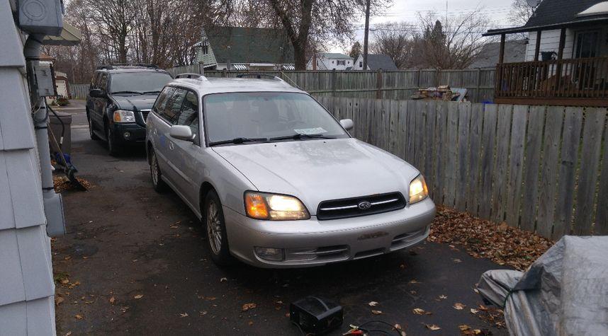 Main photo of Jeremy Dalton's 2002 Subaru Legacy