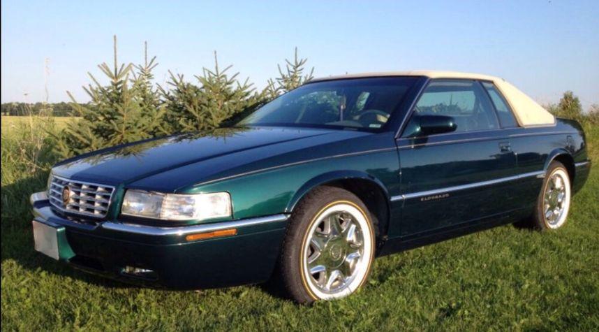 Main photo of Zach Wasinger's 1998 Cadillac Eldorado