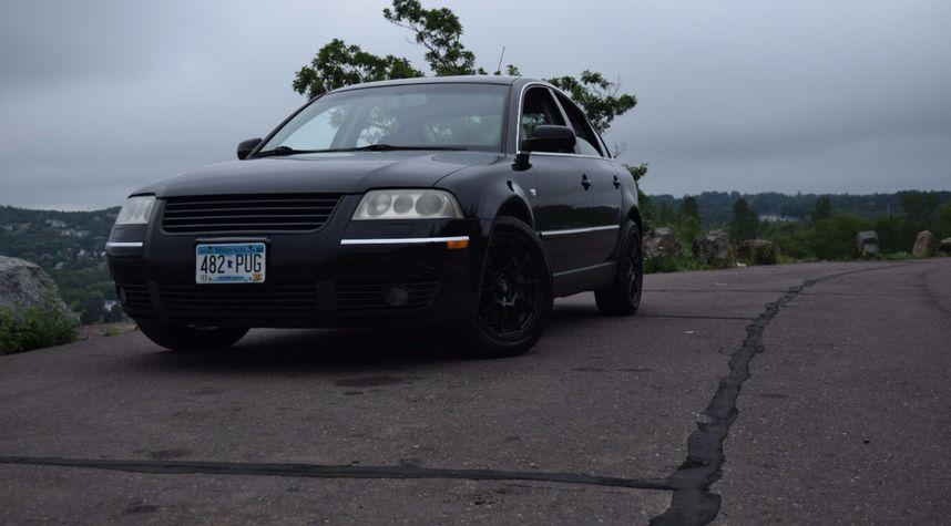 Main photo of Jared Wood's 2002 Volkswagen Passat