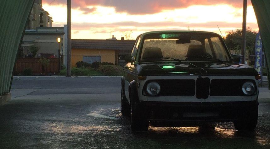Main photo of Xavier Meiers's 1971 BMW 2002
