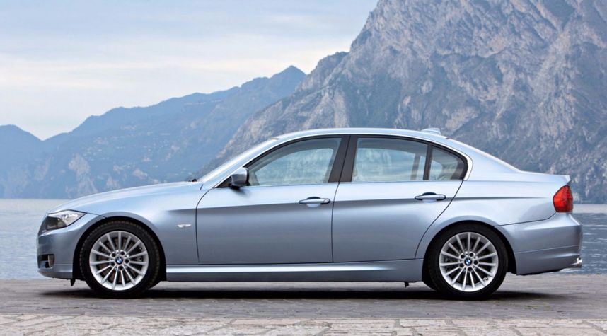Main photo of JJ Cook's 2010 BMW 3 Series