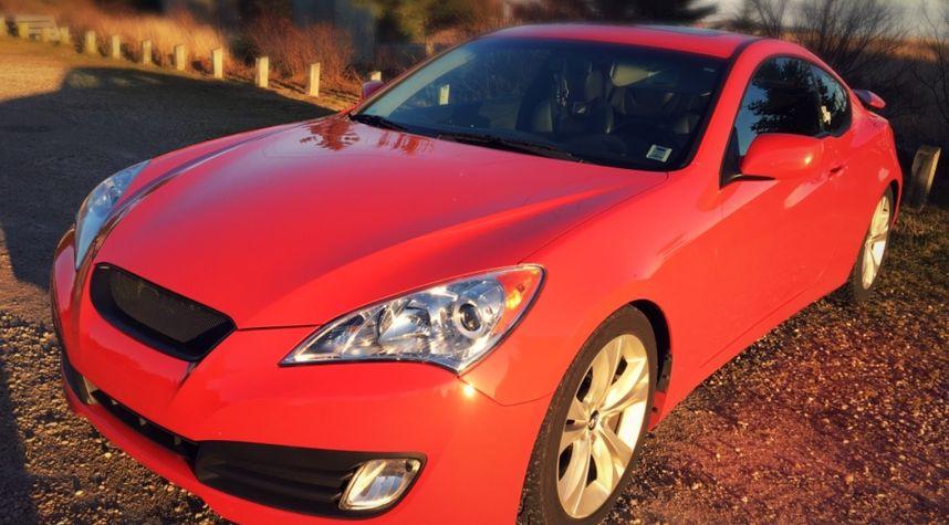 Main photo of Matthew Elliott's 2012 Hyundai Genesis Coupe
