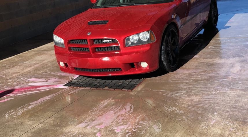 Main photo of Justin Kinney's 2006 Dodge Charger