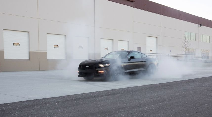 Main photo of Lane House's 2015 Ford Mustang
