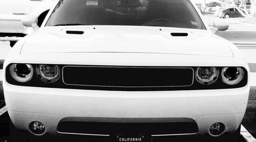 Main photo of Kalob Holmes's 2011 Dodge Challenger