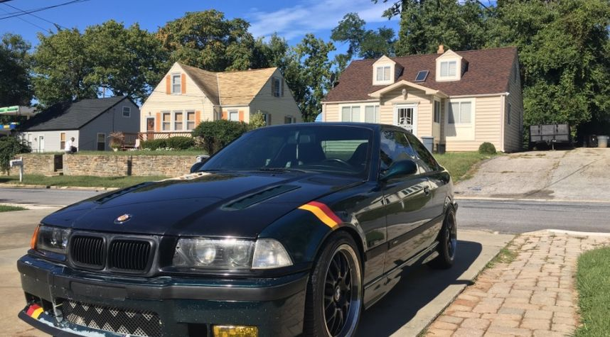 Main photo of Ethan Burns's 1995 BMW M3