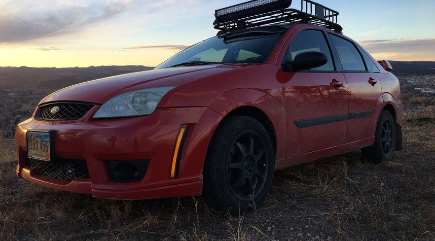 Main photo of Jesse G's 2006 Ford Focus
