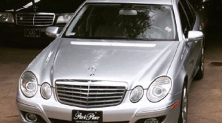Main photo of Byron Strickland's 2007 Mercedes-Benz E-Class