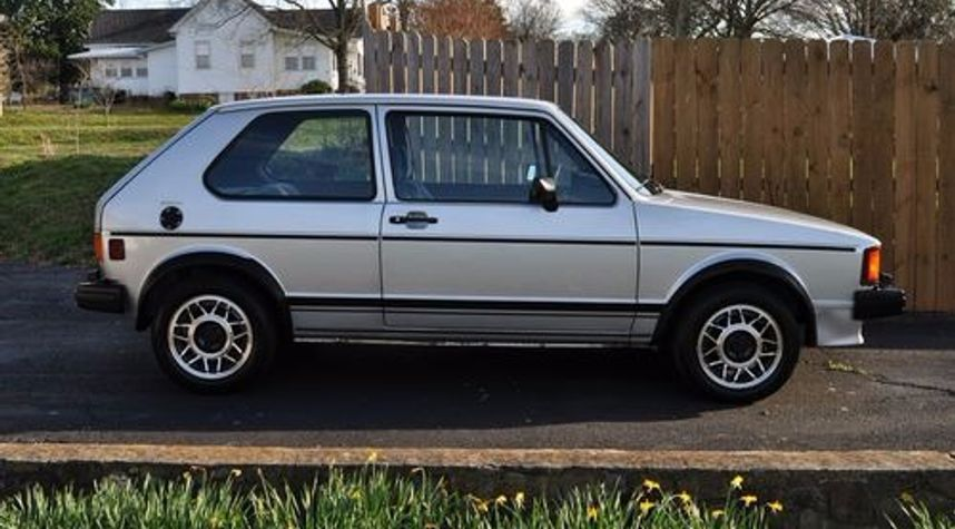 Main photo of James Henderson's 1984 Volkswagen Rabbit