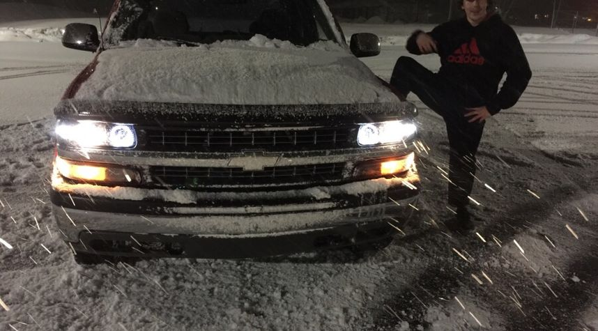 Main photo of Jayden Fenner's 2000 Chevrolet Silverado 1500