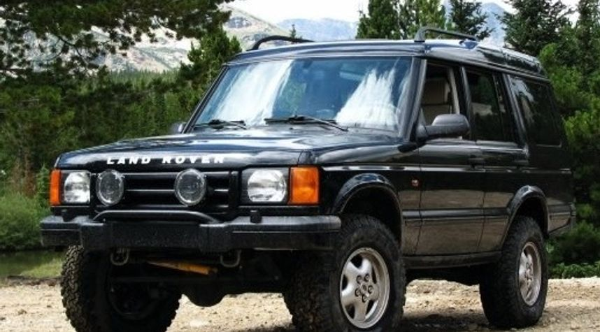Main photo of Jerome Joanino's 2002 Land Rover Discovery Series II