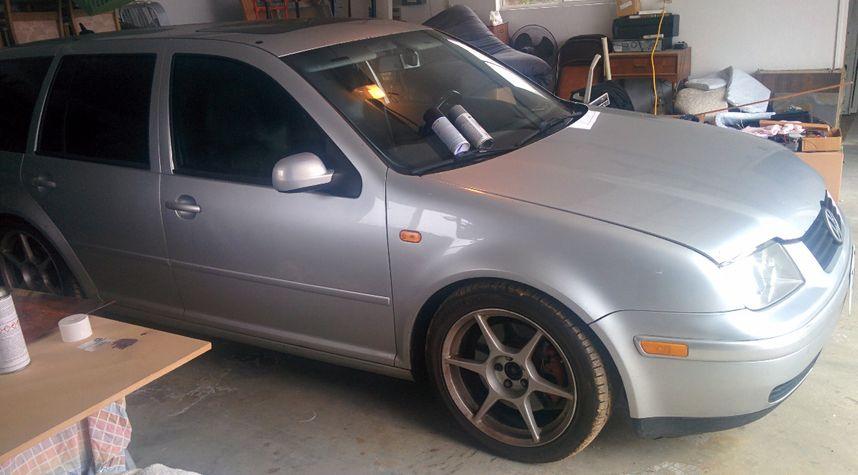 Main photo of Kyle McGuire's 2005 Volkswagen Jetta