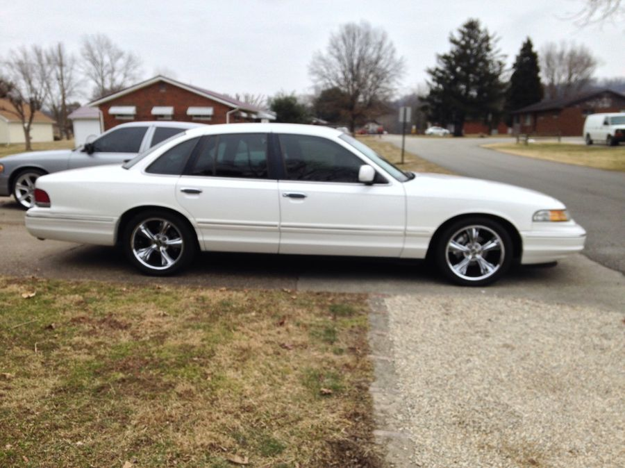 joel catalogna s 1997 ford crown victoria on wheelwell 1997 ford crown victoria on wheelwell