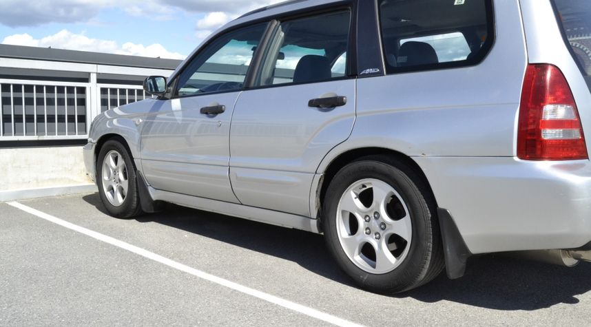 Main photo of Junior Lobo's 2003 Subaru Forester