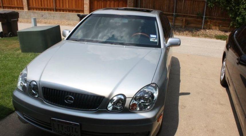 Main photo of Alex Russell's 2001 Lexus GS 430