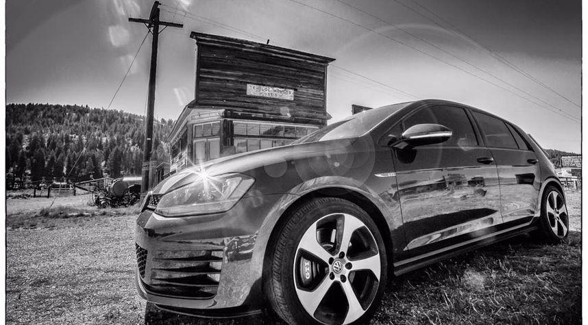 Main photo of Rob JOAO's 2016 Volkswagen GTI