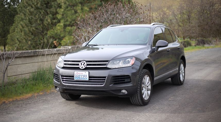 Main photo of Rafael Mendoza's 2012 Volkswagen Touareg