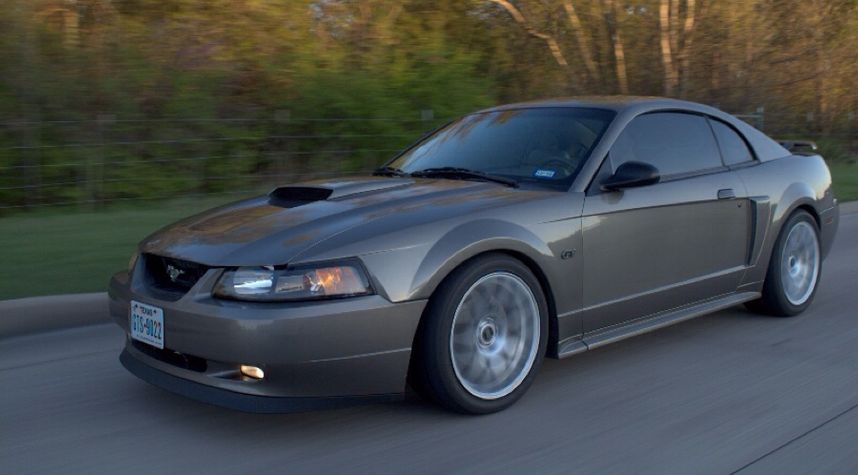 Main photo of Jake Chenault's 2002 Ford Mustang