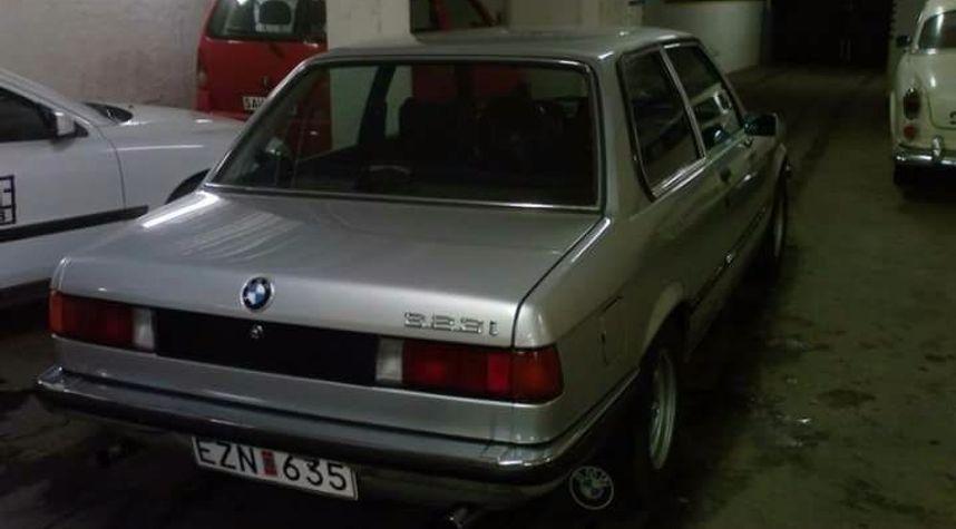 Main photo of Dan Backman's 1979 BMW 323I