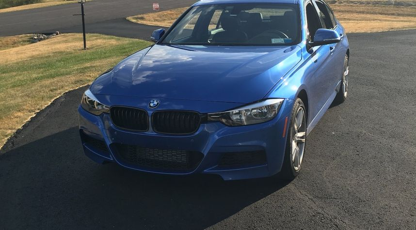 Main photo of Colin Chambers's 2014 BMW 3 Series