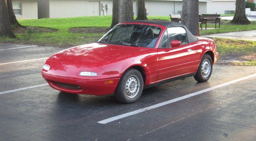 Main photo of Kerry Martin's 1991 Mazda MX-5 Miata