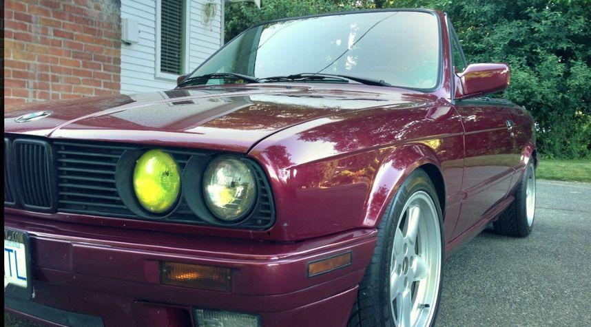 Main photo of Trevorj Williams's 1992 BMW 3 Series