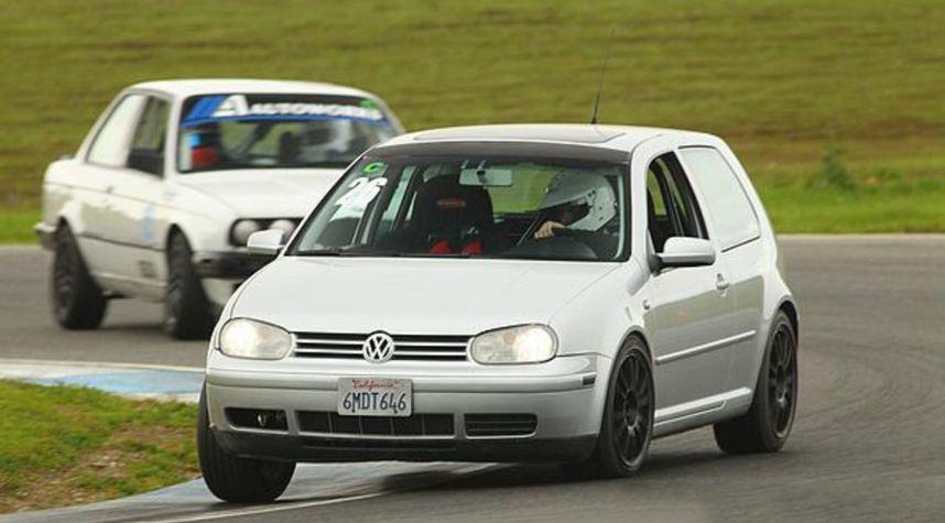 Main photo of Tyler Gough's 2001 Volkswagen GTI