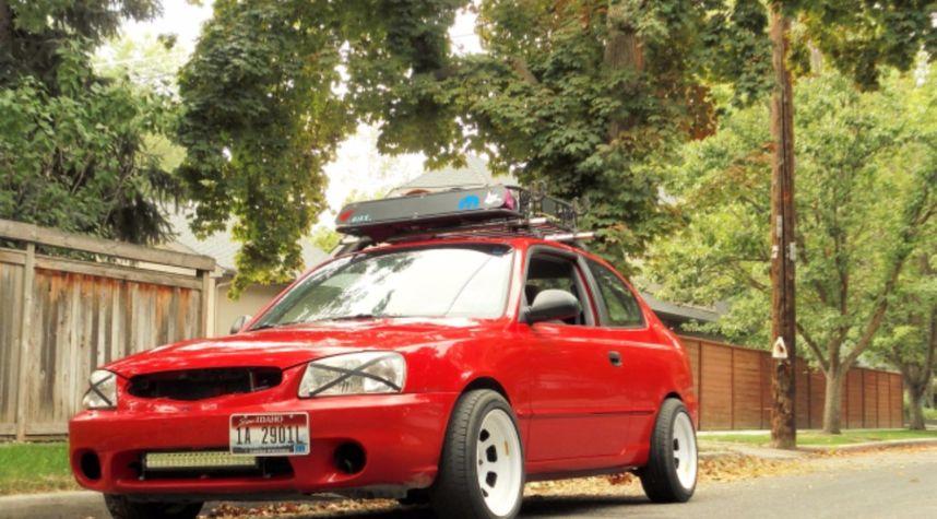 Main photo of Tj Gilley's 2002 Hyundai Accent